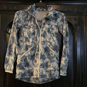 Lululemon Pack-it-up Pack-it-in Raincoat